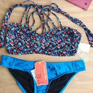 NWT Gianni Bini Fan Faves Bikini